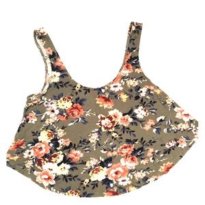 💥SOFT & SEXY Floral Crop Top